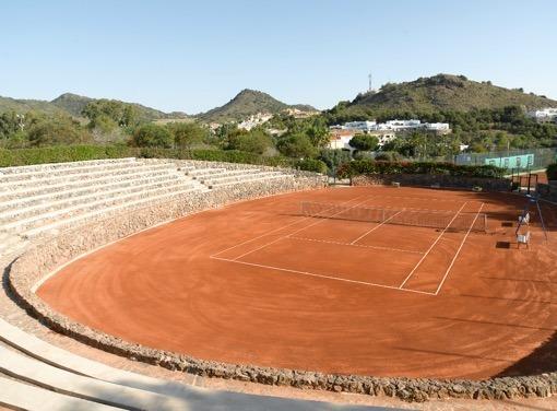 00-LMC-Tennis-Central-CourtLIGHT.jpg
